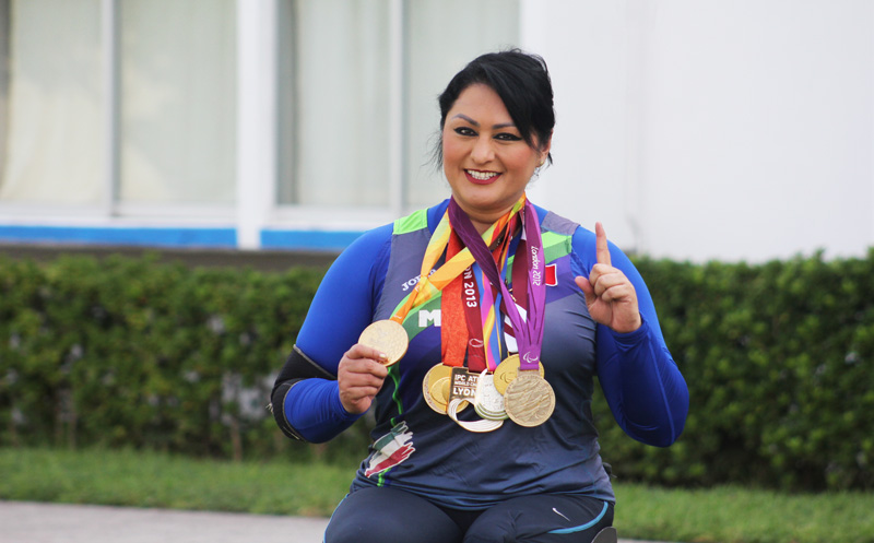 Sigo trabajando por mi Veracruz: Ángeles Ortiz