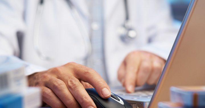 Crecen consultas médicas por medios electrónicos