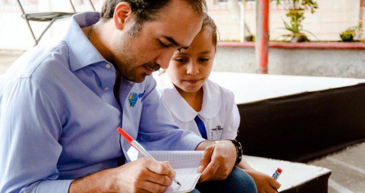 Veracruz, municipio que más invierte en educación: Fernando Yunes
