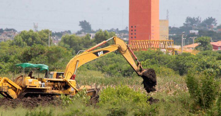 Siguen rellenando lagunas en Veracruz