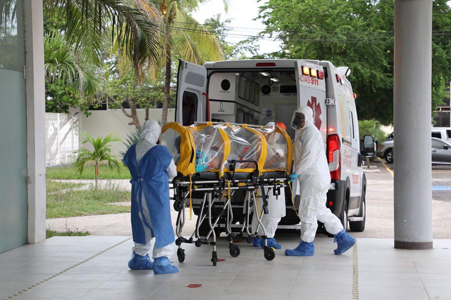 Ingresa el primer paciente de coronavirus a Leyes de Reforma