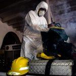 Sanitizan estaciones de bomberos