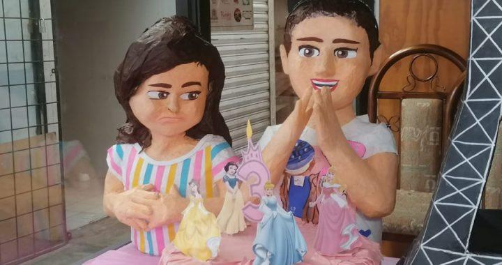 ¿Te gustó el video de las hermanas peleando? ¡Adquiere la piñata!