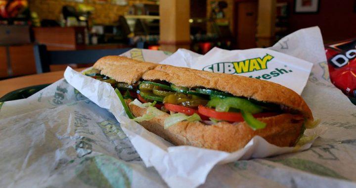 """Subway contienen demasiada azúcar como para denominarlos """"pan"""""""