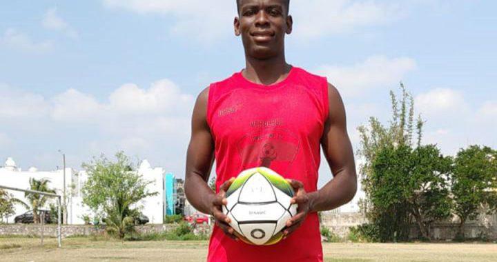 Eddier Rivas acepta el reto con Toros Veracruz SIME FC