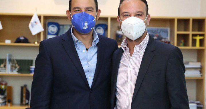 Marko Cortés se reúne con Juan Manuel Unanue en el CEN del PAN