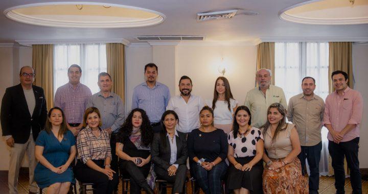 Jaime de la Garza se reúne con Generadores de negocios